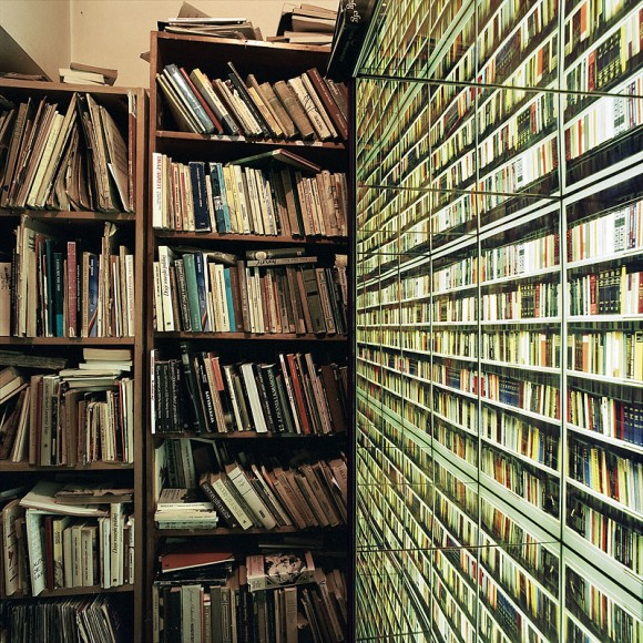Nicolas Grospierre The Never-Ending Wall of Books. Installation view at the Palace of Old Books, Warsaw, 2006
