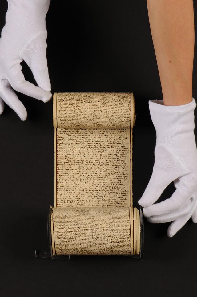 Sade Manuscrit Les 120 journées de Sodome (image courtesy L' Institut des Lettres et Manuscrits, Paris)